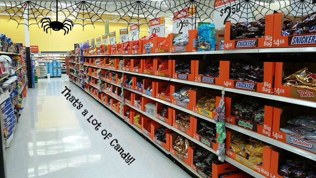 halloween-candy-aisle